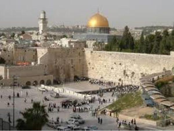 Le mur des lamentations au pied de l'esplanade des Mosquées.
